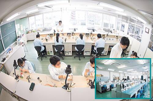 技工士科実習室