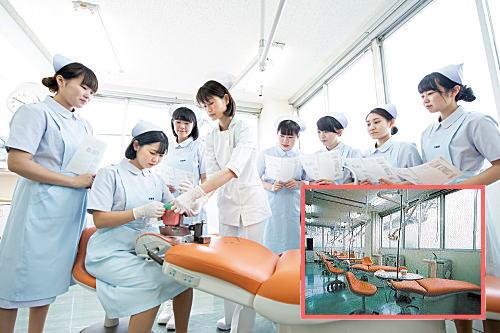 衛生士科実習室